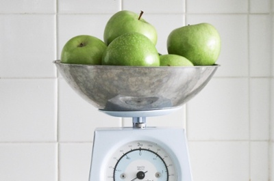 apples-scale
